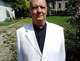 R  Coviello